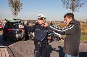 Polizeipressestelle Rhein-Erft-Kreis: POL-REK: Zeuge meldete Unfallflucht - Elsdorf