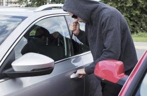 CosmosDirekt: Wussten Sie eigentlich, dass das Diebstahlrisiko mitbestimmt, wie viel Sie für Ihre Autoversicherung zahlen?