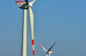 Trianel GmbH: Erster Stadtwerke-Offshore-Windpark steht (FOTO)