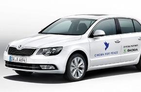 Skoda Auto Deutschland GmbH: Galant chauffiert: SKODA fährt bei Charity-Gala 'Cinema for Peace' vor