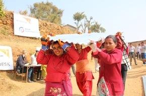 """Aktion Deutschland Hilft e.V: Nepal Erdbeben 2015: Ein Jahr nach dem Erdbeben verläuft der Wiederaufbau in Nepal schleppend / """"Aktion Deutschland Hilft"""" sammelt 26 Millionen Euro Spenden"""