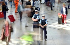 Bundespolizeiinspektion Kassel: BPOL-KS: Bundespolizei stellt Reisekasse sicher