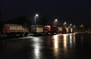 Feuerwehr Düsseldorf: FW-D: Überörtliche Hilfeleistung auch in der Stadt Hamminkeln