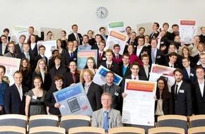 HPI Hasso-Plattner-Institut: HPI-Bachelorpodium: Studenten präsentieren 14 innovative IT-Projekte
