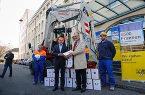 SBV Schweiz. Baumeisterverband: Schweizerischer Baumeisterverband übergibt 26'000 Bauarbeiter-Unterschriften für LMV-Verlängerung