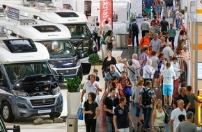 Messe Düsseldorf: Positive Halbzeitbilanz beim CARAVAN SALON / TourNatur beginnt am Freitag