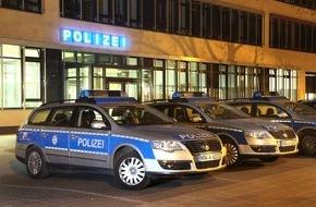 Polizeipressestelle Rhein-Erft-Kreis: POL-REK: Unbekannte flüchteten nach versuchtem Raub- Bergheim