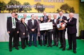 Fördergemeinschaft Nachhaltige Landwirtschaft: ErlebnisBauernhof schafft Spendenrekord und sammelt 45.000 Euro für Welthungerhilfe / 120 Grundschulkinder laufen für den guten Zweck fast 2.000 Runden durch die Messehalle 3.2