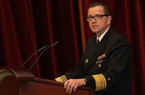 """Presse- und Informationszentrum Marine: Inspekteur der Marine: """"Die Fregatte 125 wird das Gravitationszentrum der neuen Marine sein!"""""""