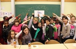 I.K. Hofmann GmbH: Hungrig lernt sich's schlecht / Hofmann Personal sponsert Schulfrühstücks-Projekte in fünf Städten im Rahmen seines 30jährigen Firmenjubiläums