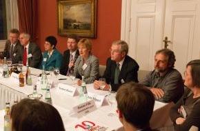 Kindernothilfe: Bundeshaushalt 2013: HIV/Aids endgültig besiegen / Beitrag an den Globalen Fonds mindestens verdoppeln