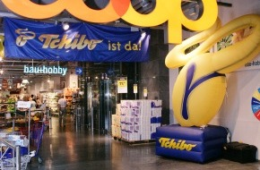 Tchibo (Schweiz) AG / Tchibo (Suisse) SA: Tchibo feiert Eröffnung des 100sten Outlets bei COOP