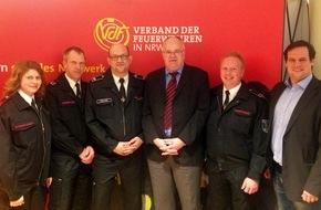 Freiwillige Feuerwehr Menden: FW Menden: Mendener Delegation besucht Parlamentarischen Abend im Düsseldorfer Landtag