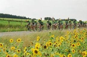 Skoda Auto Deutschland GmbH: SKODA ist erstmals Fahrzeugpartner der Fahrrad-Spendenfahrt 'Tour der Hoffnung'