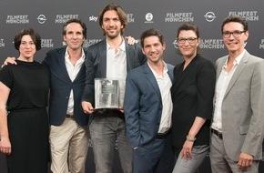 """ARD Das Erste: Das Erste / ARD-Degeto-Zweiteiler """"Die Dasslers - Pioniere, Brüder und Rivalen"""" gewinnt das Rennen um den Bernd Burgemeister Fernsehpreis"""