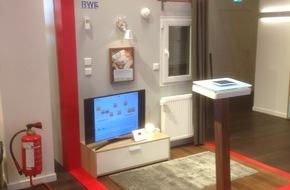 RWE International SE - Effizienz: RWE SmartHome erleben bei Vodafone auf dem Jungfernstieg