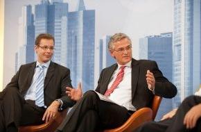 """PHOENIX: Kuhn (Grüne): Eurobonds dürfen nicht zu """"Zinssozialismus"""" führen / Commerzbank-Vorstand Beumer fordert mehr Europa: """"Wenn man den Euro will, geht an der politischen Integration kein Weg vorbei"""" (mit Bild)"""
