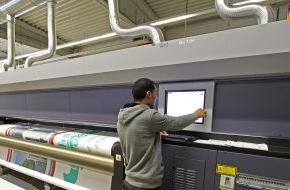 Onlineprinters GmbH: Jetzt Mesh- und PVC-Planen im Blitzdruck bei diedruckerei.de / Heute bestellt und morgen geliefert im XXL-Wunschformat