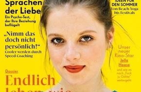 """EMOTION Verlag GmbH: """"Fack ju Göhte""""-Star Jella Haase: """"Ich habe Chantal-Facetten. Im Mathe- und Physikunterricht war ich genauso begriffsstutzig wie sie"""""""