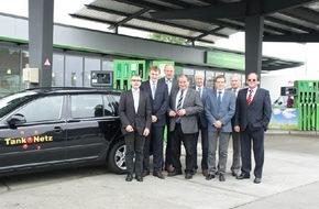 AGRAVIS Raiffeisen AG: Neuer Tankverbund: Mit der neuen Raiffeisen-Card deutschlandweit tanken