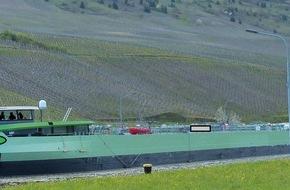 Wasserschutzpolizeiamt Rheinland-Pfalz: WSPA-RP: Tankschiff kollidiert mit Moselbrücke in Schweich