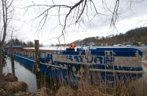 Pestalozzi + Co AG: Pestalozzi fait transformer un navire de charge zurichois en bateau de gala / Les 250 ans de Pestalozzi + Co AG seront célébrés sur le lac de Zurich (Image)