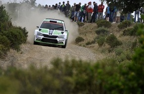 Skoda Auto Deutschland GmbH: Rallye Italien: Platz drei für Jan Kopecky im SKODA Fabia R5