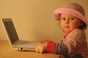 Asklepios Kliniken: Leistungsdruck bei Kindern. Spiel- und Internetsucht - März ist Themenmonat Psychosomatik bei Asklepios / 1,2 Millionen Deutsche leiden an Internet- oder Spielsucht