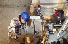Nagra: Neue Forschungsprojekte der Nagra im Felslabor Grimsel - Kabellose Überwachung künftiger Tiefenlager im Test