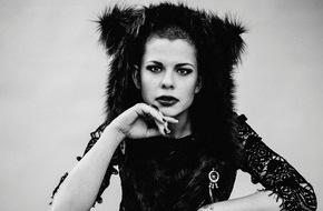 """Warner Music Group Germany: KOVACS - Der holländische Shooting-Star katapultiert sich mit dem Debüt-Album """"Shades Of Black"""" auf Platz 8 der Charts"""