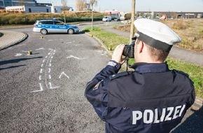 Polizeipressestelle Rhein-Erft-Kreis: POL-REK: Rollerfahrerin schwerverletzt - Brühl