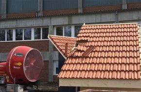 VKF / AEAI: Invitation pour les médias au Congrès « Résistance des enveloppes de bâtiments : test à tout vent »