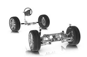 ZF Friedrichshafen AG: Doppelt lenkt sicherer: ZF präsentiert Prototyp mit kombinierter Vorderachs- und Hinterachslenkung
