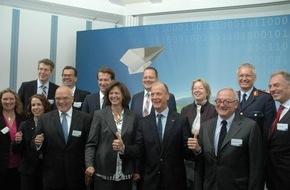 Presse- und Informationszentrum Personal: Erster Studiengang für Piloten der Bundeswehr startet