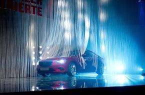 Mazda (Suisse) SA: La Mazda6 sacrée «Voiture suisse de l'année 2013»
