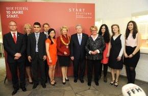Gemeinnützige Hertie-Stiftung: Herzlichen Glückwunsch START! / Bundespräsident Joachim Gauck gratuliert zu 10 Jahren Förderung für engagierte und leistungsstarke Jugendliche mit Migrationshintergrund in der Paulskirche Frankfurt