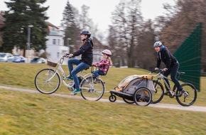 HUK-Coburg: Tipps für den Alltag / Damit der Spaß beim Radfahren nicht endet / Unfall oder Diebstahl - wie sind Pedelecs versichert?
