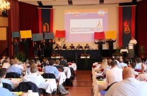 Deutscher Feuerwehrverband e. V. (DFV): Deutsche und Hessische Jugendfeuerwehr feiern ihre 50. Geburtstage / Die Deutsche Jugendfeuerwehr verabschiedet zum Jubiläum ihre Werte