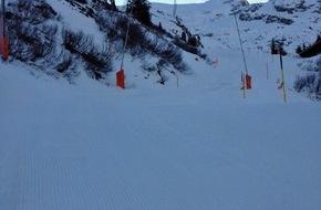 """Titlis Bergbahnen: """"Viel besser als ich mir vorstellte"""" - sagten viele Schneesportler am letzten Wochenende / Alle Hauptpisten vom Titlis bis Trübsee sind geöffnet und die Pistenverhältnisse bis 2'000 Meter sind gut"""