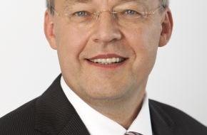 VdTÜV Verband der TÜV e.V.: Stabwechsel an der VdTÜV-Spitze / TÜV wählen Dr.-Ing. Manfred Bayerlein zum neuen Vorsitzenden ihres Verbandes