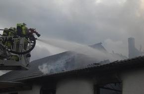 Feuerwehr Bottrop: FW-BOT: Bottrop; Brand eines Wohnhauses