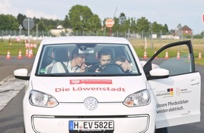 DRIVE-E: DRIVE-E-Akademie 2016: 54 Studierende auf der elektromobilen Überholspur / Spannende Veranstaltungswoche des Nachwuchsprogramms zur Elektromobilität in Braunschweig