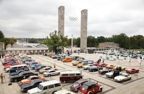 AUTO BILD: Der Countdown läuft: 180 Oldtimer und Youngtimer starten bei der 8. Hamburg-Berlin-Klassik 2015