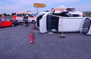 Polizeidirektion Mayen: POL-PDMY: Verkehrsunfall, vier Leichtverletzte, Dienstag, 07.06.2016, 16.54 Uhr