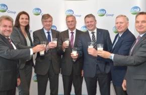 DMK Deutsches Milchkontor GmbH: DMK GROUP schließt an Europas Top Fünf an / Dank erfolgreichem Geschäftsjahr und Fusion mit DOC Kaas setzt Deutschlands größte Molkereigenossenschaft den Erfolgskurs fort