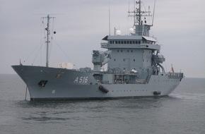 """Presse- und Informationszentrum Marine: Tender """"Donau"""" wird NATO-Flaggschiff"""