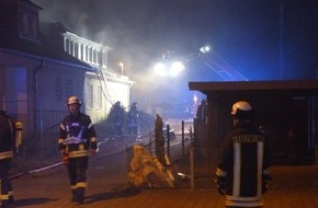 Feuerwehr Detmold: FW-DT: Dachstuhlbrand