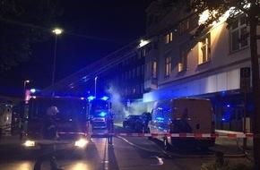 Feuerwehr Gelsenkirchen: FW-GE: Kellerbrand in der Altstadt-6 Personen über Drehleiter der Feuerwehr gerettet