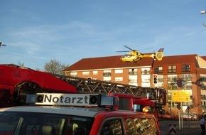 Feuerwehr Mülheim an der Ruhr: FW-MH: 28 Verletzte bei Brand im Hochhaus.