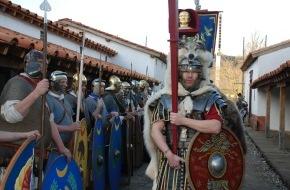 Museum Aargau: Römische Legionen marschieren in Vindonissa ein / Am Wochenende vom 28./29. Juli erlebt das Publikum die Armee der Caesaren in Aktion